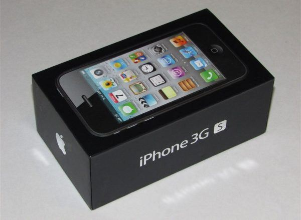 iphone 3gs box 600x439 - iPhone 3GS - Full Phone Information, Tech Specs