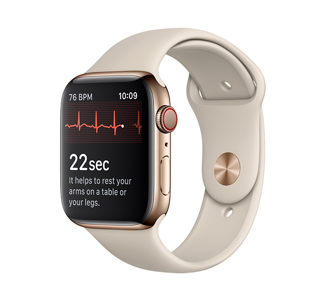 Taking an ECG is easy with a touch of the Digital Crown