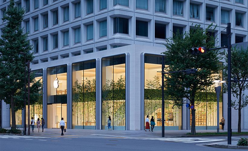 In the heart of the Marunouchi business district, Apple will open its newest and largest store in Japan across from the historic Tokyo Station.