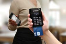 Payleven, card reader and system of payment in online stores