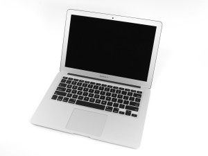 MacBook Air black screen: MacBook Air boots with black screen
