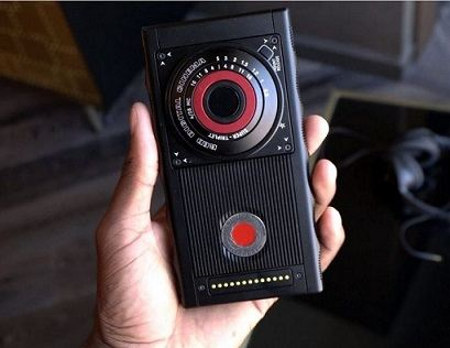 red cell phone - RED Hydrogen One - Really Limitless Smartphone
