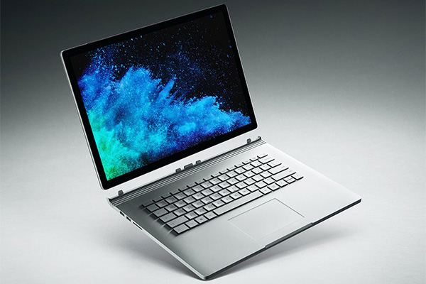 Microsoft Surface Book 2 (15-Inch, Intel Core i7, Late 2017)