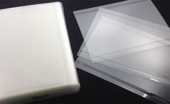 what is the iphone s display made of glue - What Is the Apple iPhone's Display Made Of?