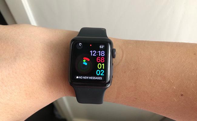 apple watch feedback photo - Apple Watch Feedback: Customer's Impressions